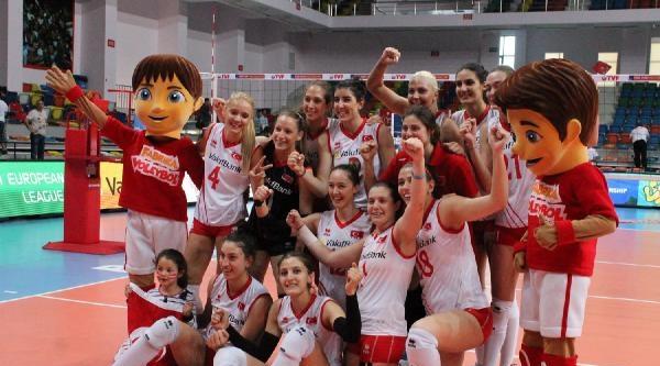Türkiye-azerbaycan: 3-1 (bayanlar Avrupa Ligi)