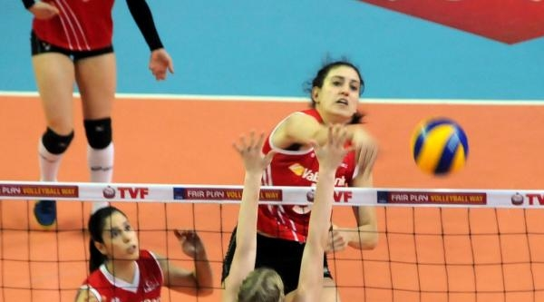 Türkiye - Danimarka Voleybol Maçı Fotoğrafları