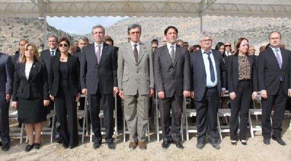 Türkiye Iş Bankasi 82'nci Ormanini Kuzey Kibris'a Kurdu