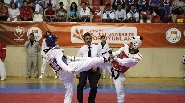 Türkiye Koç Fest Üniversite Spor Oyunları'nda Taekwondo Şampiyonlari Belli Oldu