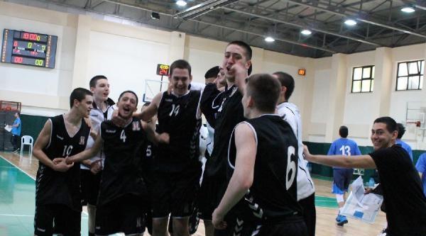Türkiye Yıldızlar Basketbol Şampiyonasi Nefes Kesiyor