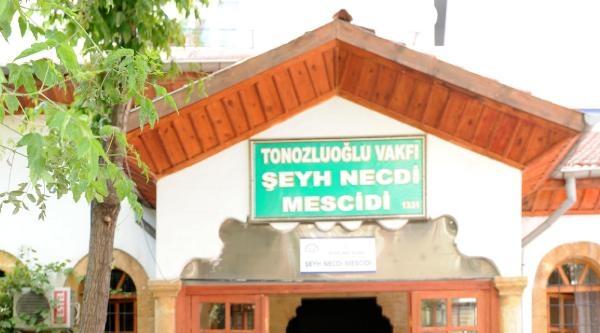 Türkiye'deki 84 Bin 864 Camide 1818 Sakal-ı Şerif Var