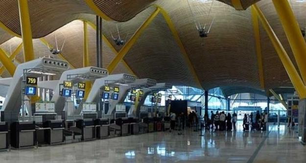 Türkiye'den giden yolcu havalimanında ölüme terk edildi!