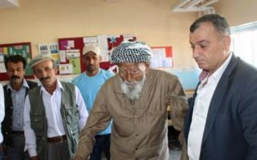 Türkiye'nin en yaşlı seçmeni