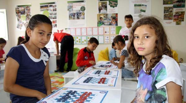 Türkiye'nin İlk Akıl Oyunları Sınıfı Erdemli'de Açıldı