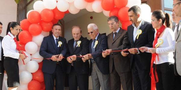 Türkiye'nin Ilk Gerontoloji Merkezi Antalya'da Açildi