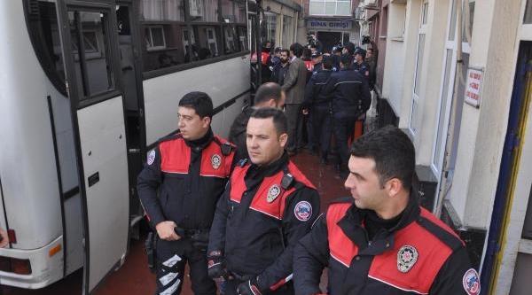 Türkiye'Yi Sarsan Taraftar Cinayetinde Sağduyu Çağrisi (2)