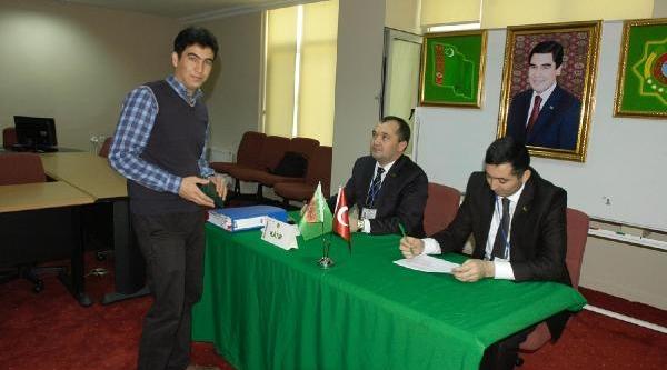 Türkmenistan'daki Seçim Için Bursa'Da Oy Kullandilar