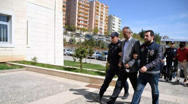 Tutuklu Ak Parti'li Tillo Belediye Başkanı Ve Tüm Meclis Üyeleri İstifa Etti