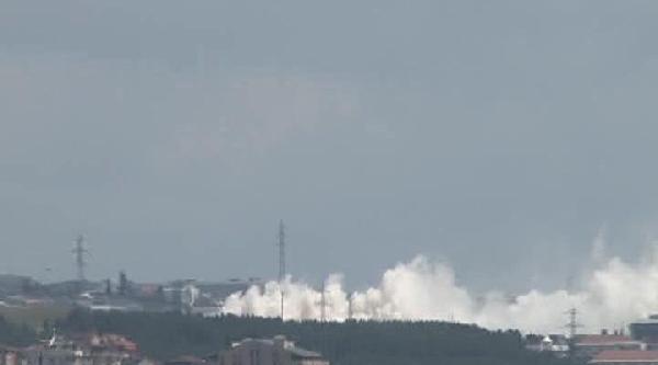 Tuzla Kimyacılar Sanayi Sitesi'nde Yangın Çikti (2)