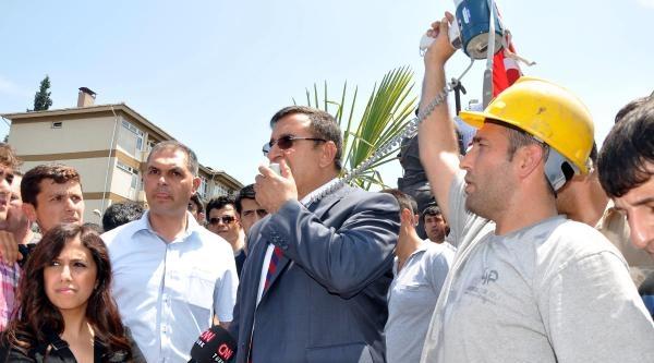 Ücretleri Ödenmeyen Somalı Madenciler Eylem Başlattı (3)