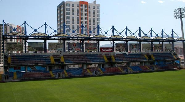 Uefa: Karabükspor Stadı'nda Maraton Üst Tribününe Seyirci Almayın