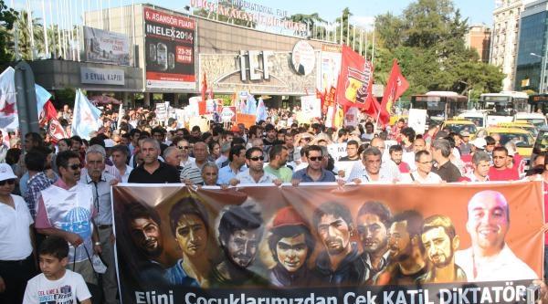 Uğur Kurt'un Ölümü İzmir'de Yürüyüşle Protesto Edildi