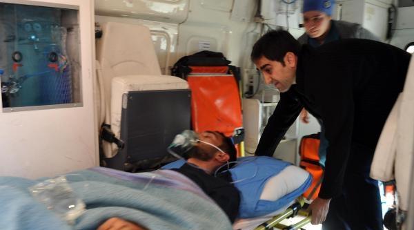 Ulaş Belediye Başkanının Oğlu Bıçaklandı