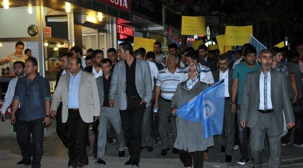 Ülkü Ocakları'ndan Türkmenlere Destek Yürüyüşü