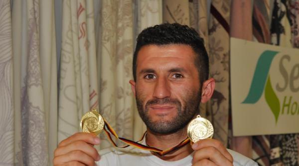 Ultra Maratoncu Akın Yeniceli'den Altın Madalya