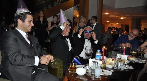 Uludağ'Da Coşkulu Yeni Yil Kutlamasi