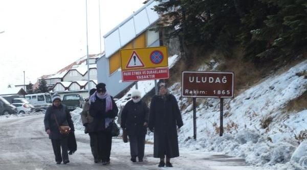 Uludağ'Da Kar Kalinliği 8 Santimetre-Fotoğraflar