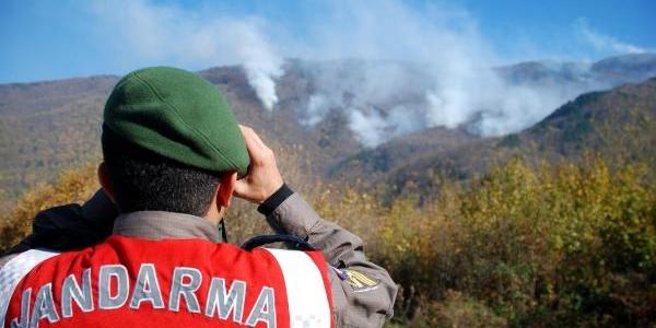 Uludağ'daki Orman Yangini Kismen Kontrol Altinda (3)