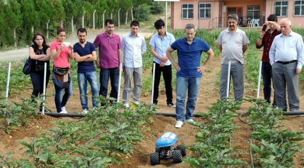 Üniversite Öğrencileri Tarım Robotu Yaptı