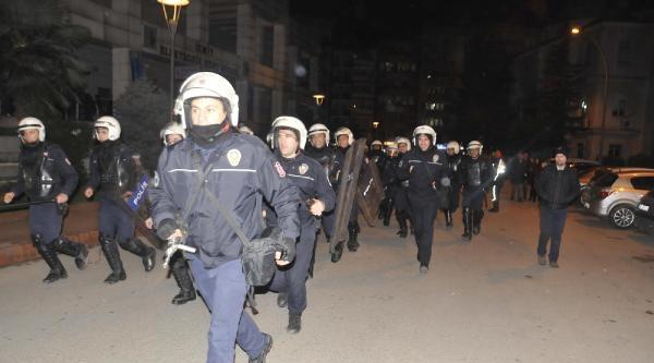 Üniversite Öğrencilerinden Gözaltındaki Arkadaşlarına Destek Yürüyüşü (3)