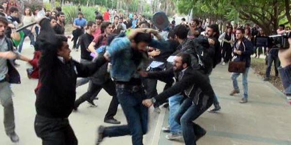 Üniversitede Olayli Yök Protestosu: 3 Yarali, 5 Gözalti