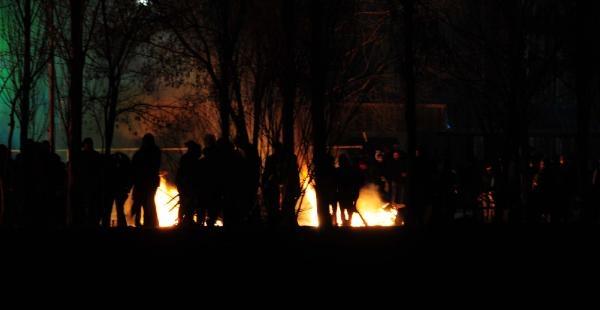 Üniversitede Taciz Protestosu: 1 Polis Yaralı, 26 Gözaltı