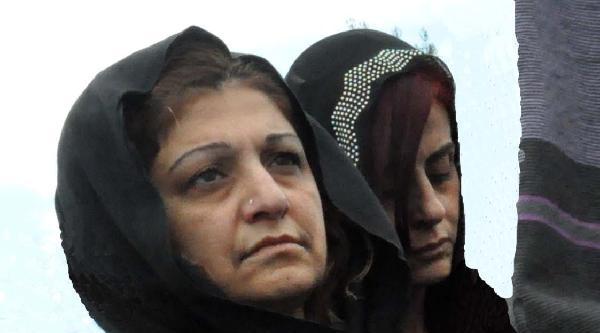Üniversiteli Busenur Gözyaşlarıyla Toprağa Verildi