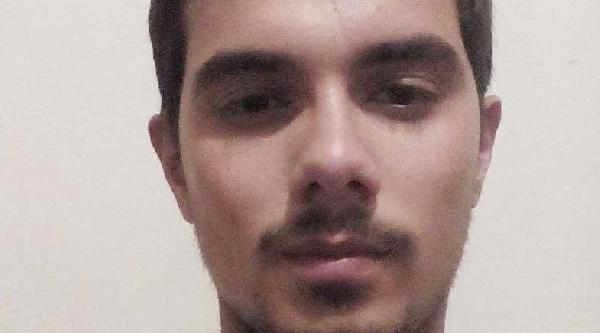 Üniversiteli Ekrem, 20 Günlük Yaşam Savaşini Kaybetti