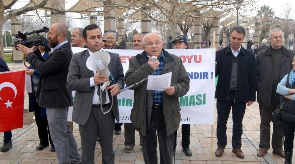 Urla'daki Tartışılan Villar İçin İmza Kampanyası