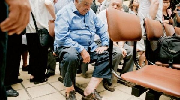 Uruguay Devlet Başkanı Hastanede Sıra Beklerken Görüntülendi