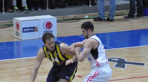 Uşak Sportif - Fenerbahçe Ülker Fotoğrafları