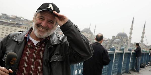 Usta Gazeteci Savaş Ay Vefat Etti