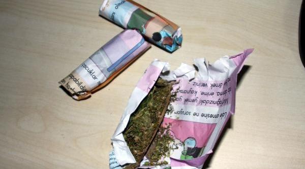 Uyuşturucu Operasyonunda 5 Kişi Yakalandi