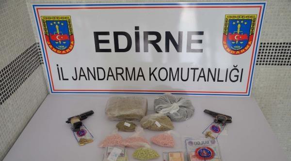 Uyuşturucu Teslimatına Polis Baskını