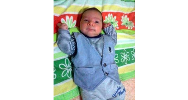 Üzerine Kaynar Su Dökülen 6 Aylık Bebek Öldü
