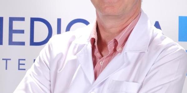 Uzm.dr. Dündar: Ankilozanspondilit Hastaliği Erkeklerde Daha Sik Görülüyor