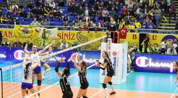 Vakıfbank'ı 3-0 Yenen Dinamo Kazan Şampiyonlar Ligi Şampiyonu Oldu