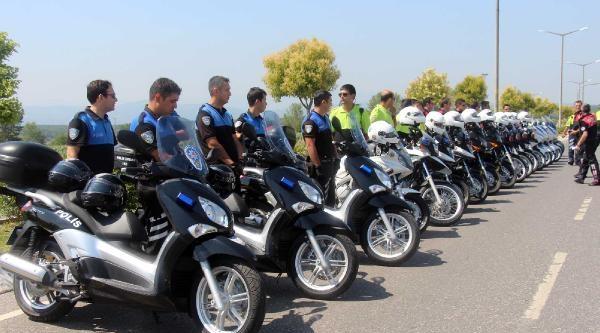 Vali Coş Kask Taktı, Polis Motosikletiyle Tur Attı