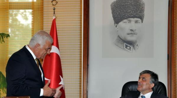 Valilik Ziyaretinde Cumhurbaşkanı Gül'e Protesto (2)