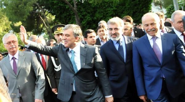 Valilik Ziyaretinde Cumhurbaşkanı Gül'e Protesto (ek Fotoğraflar)