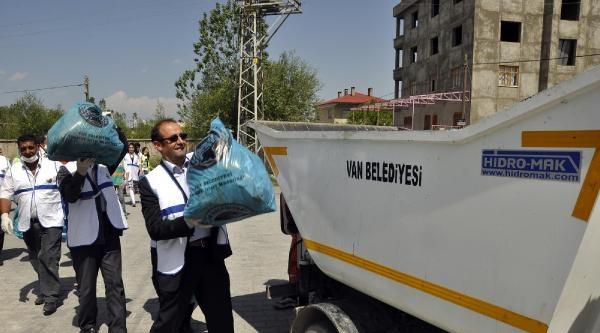Van Büyükşehir Belediyesi'nin Temizlik Kampanyası