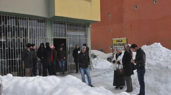 Van, Hakkari Ve Bitlis'te Kar Çilesi