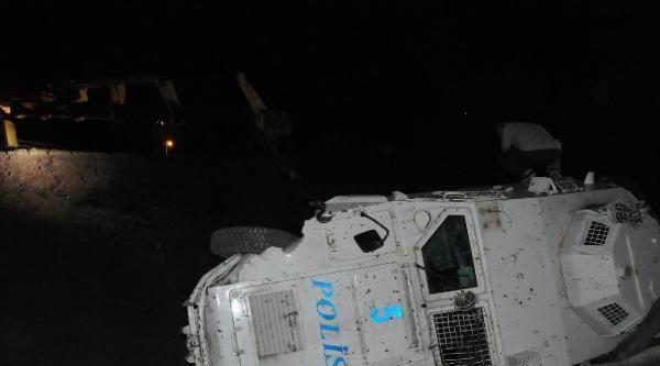 Van Ve Hakkari'deki 2 Kazada 7 Polis Memuru Yaralandı