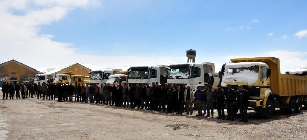 Van'da Büyükşehir Yasası 140 Taşeron İşçisini İşsiz Bıraktı