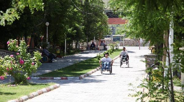 Van'da Engelliler İçin 6 Günlük Kamp