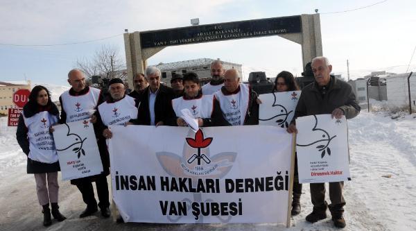 Van'da Hayata Dönüş Operasyonu Protestosu