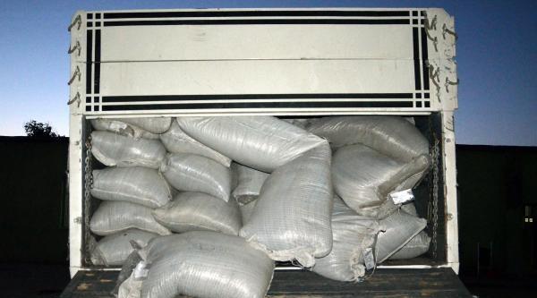 Van'da Jandarmadan Kaçak Çay Operasyonu