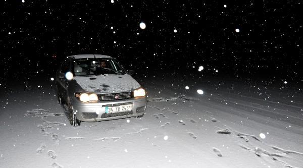 Van'da Kar Yağişi Etkili Oldu