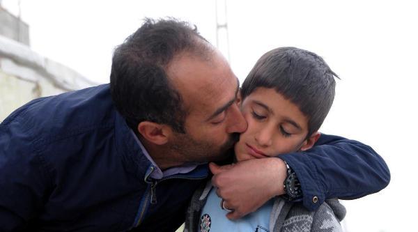 Van'da Kaybolan 9 Yaşındaki Emre 16 Saat Sonra Bulundu